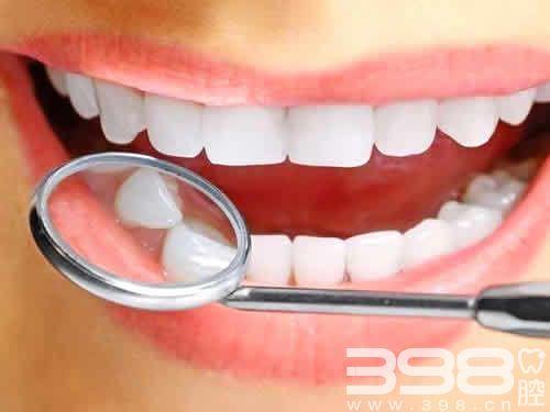 90后姑娘拔牙后巨疼怀疑是干槽症 怎么判断有没有干槽症