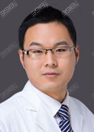 范坤鹏医生资料