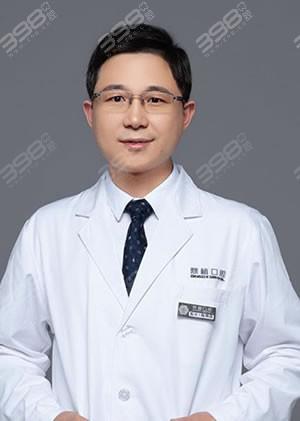 陈炳霖医生