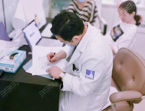 北京隐适美哪家医院比较好?