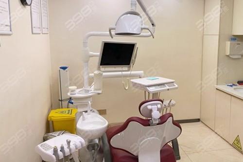 金铂利口腔医疗设备