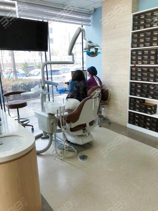 青岛瑞泰口腔医院牙齿矫正怎么样