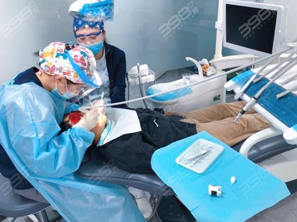 天津隐形牙齿矫正医生